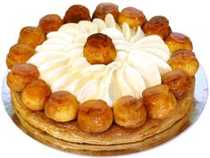 Choux Pastry, Pastry Chef, Shortcrust Pastry, St Honore Cake, 90 Second Keto Bread, Cake Recipes, Dessert Recipes, British Baking, Lebanese Recipes