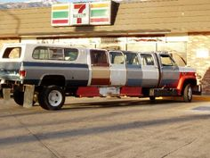 Cool Stretch Limo....