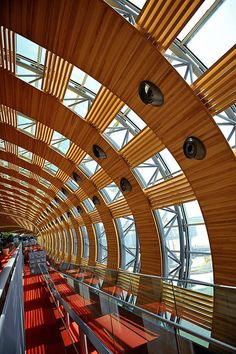 So, it's not quite an office space... But we're loving the curved lines and polished finish at Paris airport