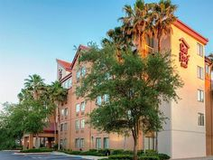 Jacksonville (FL) Red Roof Inn Jacksonville - Southpoint United States, North America Set in a prime location of Jacksonville (FL), Red Roof Inn Jacksonville - Southpoint puts everything the city has to offer just outside your doorstep. The hotel offers guests a range of services and amenities designed to provide comfort and convenience. Wi-Fi in public areas, car park, meeting facilities, pets allowed are there for guest's enjoyment. Television LCD/plasma screen, air conditio...