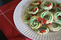 Spritz Wreath Cookies Mirro spritz wreath cookies - google search ...