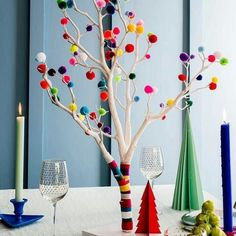 A modern alternative to the traditional Christmas tree, our Pom Pom Christmas Tr. - A modern alternative to the traditional Christmas tree, our Pom Pom Christmas Tr. Traditional Christmas Tree, Small Christmas Trees, Christmas Home, Christmas Crafts, Outdoor Christmas, White Christmas, Summer Christmas, Christmas Concert, Christmas Fireplace