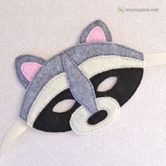 Racoon felt mask template (and basic plain template)