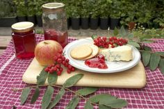 Rowan jelly (pick berries after the first frosty nights; flavor is better)