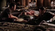 "Burn Notice 5x07 ""Besieged"" - Michael Westen (Jeffrey Donovan), John O'Lear (Jay R. Ferguson) & Tommy (Thor Wahlestedt)"