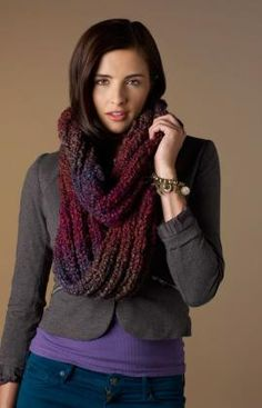 Out Of This World Cowl Yarn Weight: (5) Bulky/Chunky (12-15 stitches for 4 inches)