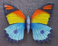 ARTESANIAS MEXICANAS - mariposa de cerámica Ceramic Pottery, Ceramic Art, Mosaic Patterns, Beautiful Butterflies, Moth, Decoupage, Turtle, Butterfly, Ornaments