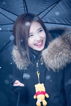 Nayeon, amo os eu sorriso de coelhinho!