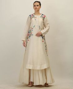 Silk kurti - Cool and vivacious shades for the summer! Come and explore the trendiest and most stylish pret arrivals at SAMANT CHAUHAN STUDIO Contact… Embroidery Suits Design, Embroidery Fashion, Embroidery Dress, Ribbon Embroidery, Stylish Dresses, Casual Dresses, Fashion Dresses, Dresses Dresses, Kurta Designs Women