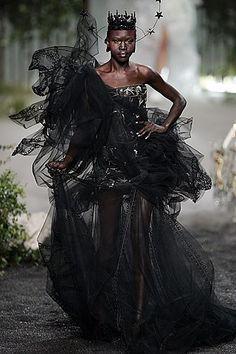 Christian Dior Fall 2005 Couture Fashion Show - _Masked Ball_