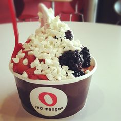 Red Mango frozen yogurt with yogurt chips and fresh berries = #nomnom!