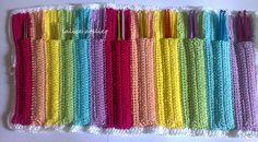 Praticidade e beleza juntas! Porta agulha em crochê. #crochê #crochet #portaagulha