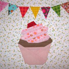 Cupcake Paper Pieced Block