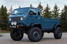 Mighty FC Concept is a rugged work truck based on the Forward Control Jeep trucks of the 1950s and 1960s