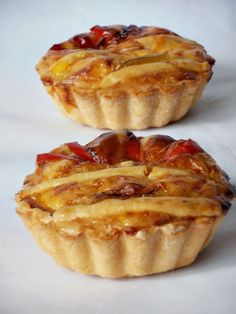 Pies are always a favorite food, especially in families with children, now I will share recipes for making dough to make salted pie. Finger Food Appetizers, Finger Foods, Appetizer Recipes, Pie Recipes, Cooking Recipes, Slow Cooker Creamy Chicken, How To Make Dough, Romanian Food, Sweet Cakes