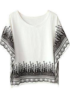 White Batwing Sleeve Retro Giraffe Print Loose T-Shirt US$21.41