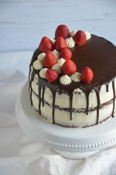epres-mascarponés brownie torta, félig pucér, csurgatott torta Sweets Recipes, Cookie Recipes, Brownies, Cold Desserts, Mousse Cake, Sugar And Spice, Cakes And More, Cake Designs, Sweet Tooth