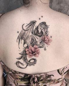 Dragon Back Piece Tattoo Dragon Thigh Tattoo, Small Dragon Tattoos, Dragon Tattoo For Women, Japanese Dragon Tattoos, Dragon Tattoo Designs, Small Tattoos, Tattoos For Women, Dragon Tattoo Got, Hamsa Tattoo
