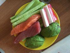 Avocado komkommer crabsticks zalm tonijn