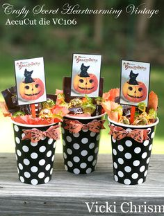 """This art that makes me happy: It's hard to say goodby to the Summer. Halloween cards using """"Creating with Vintage Halloween"""" CD"""