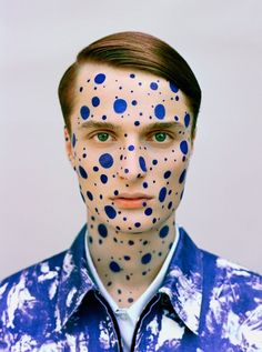 Blue dots inspiring a new look? Check it out here: http://www.dulux.co.za/en/inspiration/dont-hold-back-with-paint-effects                                                                                                                                                     More