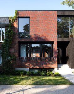 La Maison Louis-Hébert vy SHED architecture Montreal Architecture, House Architecture Styles, Brick Architecture, Residential Architecture, House Cladding, Facade House, House Outer Design, House Design, Bungalow Exterior