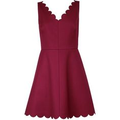 Redvalentino Scalloped V-Neck Dress ($210) ❤ liked on Polyvore featuring dresses, vestido, bordeaux, stretchy dresses, stretch dress, bordeaux dress, scalloped v neck dress and v neck dress