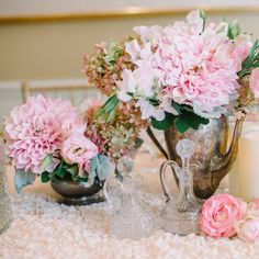 Lush floral arrangements of blush and seafoam green in antiquated teapots make the perfect centerpieces for an afternoon high-tea.  Photo: @kristamasonphotography  #tbt #hollyflora #parisian #teaparty #hightea #pretty #pink #flower