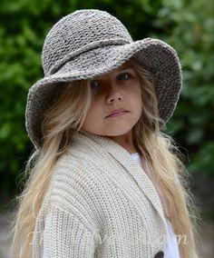 KNITTING PATTERN Freelyn Brim Hat Small Medium by Thevelvetacorn