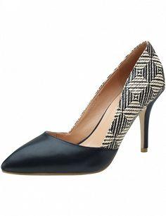 Escarpins au look ethno avec talons aiguilles, noir/imprimé Kitten Heels, Pumps, Shoes, Fashion, Black Stilettos, Moda, Zapatos, Shoes Outlet, Fashion Styles