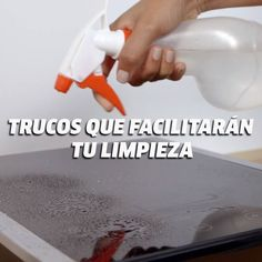 These tricks will make cleaning your home much easier Diy Home Cleaning, House Cleaning Tips, Diy Cleaning Products, Cleaning Hacks, 5 Min Crafts, Diy Crafts Videos, Diy Crafts For Kids, Useful Life Hacks, Home Hacks