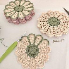 63 Ideas For Crochet Free Pattern Granny Square Haken patrones Crochet Coaster Pattern, Crochet Flower Patterns, Crochet Motif, Crochet Doilies, Crochet Flowers, Free Crochet, Knitting Patterns, Doilies Crafts, Crochet Ideas