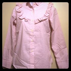 Vintage wrangle authentic western shirt . 45% polyester, 55% cotton . Button up and ruffle around yoke in front and back. This shirt is like new . Not been worn much. .underarm to underarm 181/2 in . Waist is 16 Wrangler Tops Button Down Shirts