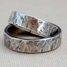 Alianzas de boda: Fotos de originales modelos - Pareja de alianzas de boda diseñadas en plata