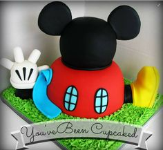 Mickey Mouse Clubhouse cake