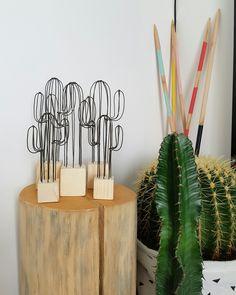 Petit cactus décoratif en fil de fer et socle en bois : Accessoires de maison par 123ptitspois