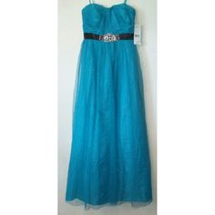 Hailey logan by Adrianna Papell Breathtaking long slim strapless formal dress in excellent NWT condition this dress has never been and is ready for that special occasion night SIZE IS 7/8 COLOR IS A BLUE/TEAL all though I'd say its more of a blue Adrianna Papell Dresses Strapless