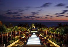 Hotel St. Regis Punta Mita Resort, Puerto Vallarta, por Hill Glazier