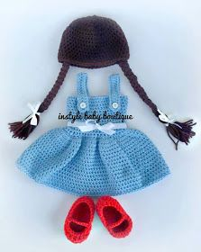 Crochet Baby Girl The Best Crochet Costumes - There are so many creative patterns out there, perfect for crochet costumes! Last year, I had a lot of people buy character hats and add Baby Girl Crochet, Crochet Baby Clothes, Cute Crochet, Crochet For Kids, Crochet Crafts, Crochet Projects, Knit Crochet, Crochet Baby Dresses, Crochet Outfits