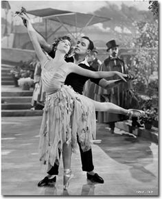 Hollywood Musicals: An American In Paris - Gene Kelly Leslie Caron