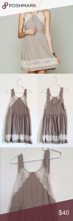 """Free People Taupe Dress with Lace Hem So pretty! This Free People dress is super lightweight, feminine and boho chic. Taupe dress withe beautiful lace trim. Side zip closure. One very tiny hole in the back left, the size of a needle, but very unnoticeable, especially because it's near the gathering of the zipper. Last photo. Price reflects!   Length: 34"""" Bust: 32"""" Waist: 30"""" Hip: 45"""" Free People Dresses Mini"""