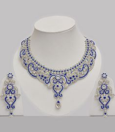 Most valuable gift gold jewelry set, First 14 – 2 The most valuable gold set recommendations that can be taken … Wedding Jewellery Designs, Wedding Jewelry Sets, Bridal Jewelry, Gold Jewelry, Jewelry Design, Indian Jewelry Sets, Bollywood Jewelry, Jewelry Editorial, Bling