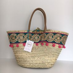 Capazo DARIKA. Colección JAIPUR. Cuqui Miluki Diy Sac, Ibiza Fashion, Straw Tote, Jute Bags, Basket Bag, Summer Bags, Mode Inspiration, Neue Trends, Purses And Bags