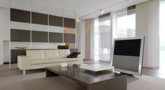Cokoen helpt om van uw woonkamer een ideale plek te maken om te ontspannen. Samen met onze interieurdesigners ontwerpen wij uw huiskamer precies zoals u dit wenst. Door onze jarenlange ervaring kunnen we goed met u meedenken en uw wensen vertalen. Wij leveren het interieur maatwerk om uw woonkamer uniek te maken.