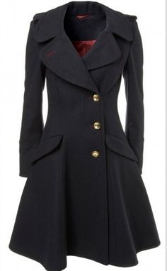 Beautiful Sherlock coat <3