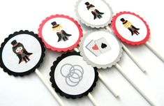 12 Magician Cupcake Toppers by thepartypenguin on Etsy
