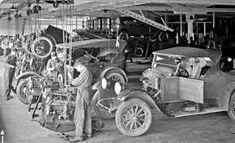 Busy New Car Dealership Repair and Car Storage Department Vintage Cars, Antique Cars, Repair Shop, Car Repair, Car Storage, The Body Shop, Vintage Pictures, Old Cars, Cars And Motorcycles