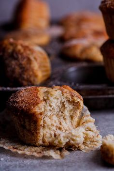 EASY BANANA, DATE AND PECAN MUFFINS TOPPED WITH DELECTABLE CINNAMON ...