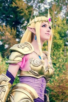 New Princess Zelda from Hyrule Warriors Cosplay by ! This is literally the BEST cosplay I have seen! Cosplay Anime, Epic Cosplay, Amazing Cosplay, Cosplay Outfits, Cosplay Girls, Cosplay Costumes, Cosplay Ideas, Midna Cosplay, Family Cosplay