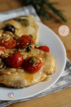 PETTO DI POLLO ALLA MEDITERRANEA Italian Meat Dishes, Italian Recipes, Meat Recipes, Chicken Recipes, Cooking Recipes, I Love Food, Good Food, Yummy Food, My Favorite Food